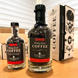 Espresso Smith's Whiskey Barrel Coffee (and Chocolate covered beans) are even more fun in person. Stunning packaging ~ from the cardboard box to the wax sealed bottles... take a look at all the details!