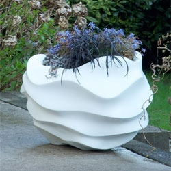 The PL planter series from Collaboration, the partnership between French sculptor Marie Khouri and Québec landscape designer Dave Demers.