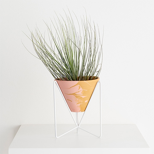 Capra Designs Minimo Plant Stand - made in Melbourne from powder coated steel and accompanied by a v-shaped eco resin pot.