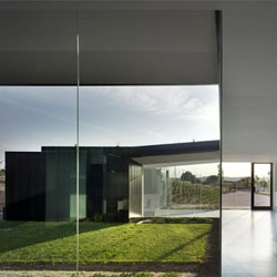 Funeral home in Alicante by COR (Consulting of Creative Resources).