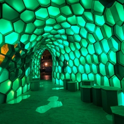 Cellular Tessellation - A doubly curved surface brilliantly shines at Vivid Sydney. A light installation from the Bond University Abedian School of Architecture advances digital fabrication and solar energy.