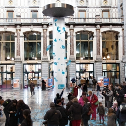 World's biggest compliment shower, created for International Compliments Day 2015, by Antwerp based agency Friendship.