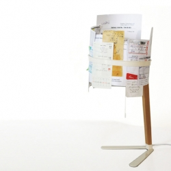 gabriella crohn has designed the document lamp.