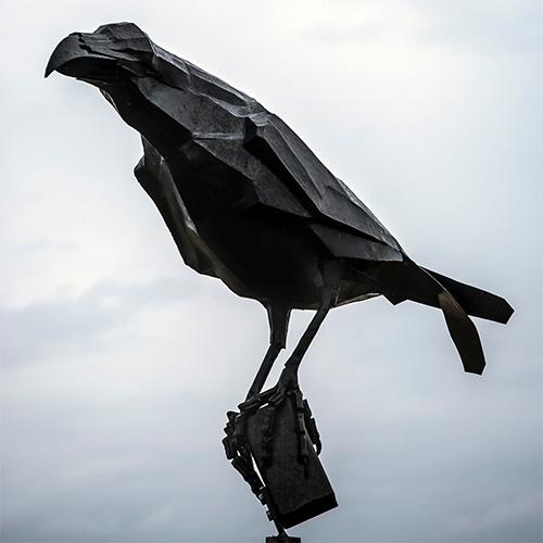 Steel ravens 2016. Corvus corax Rex. Sculptor: Ludvig Ödman.