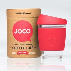 Joco Coffeecup, reusable cup for work or travel. Joco reduces using paper and plastic throw away coffeecups. Help the environment without compromising taste and style.