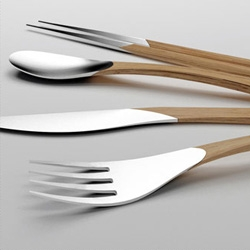 Beautiful cutlery set made by Clara del Portillo and Alejandro Selma for designboom's Beyond Silver competition.