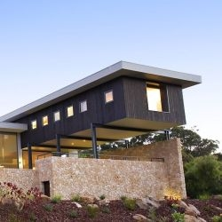 Australian architect Dane Richardson designed this house in Eagle Bay, Western Australia.