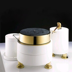 A thing of beauty, the DaVinciAudio Labs Luxury Edition Turntable.  This 24k gold plated model will run you $41,250.