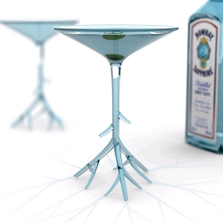 'botanical martini' glass by benjamin hubert studio has received the runner up prize in the UK