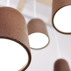 Decafè lamp, a second life to coffee grounds, 100% natural design objects created by the Spanish designer Raul Lauri.
