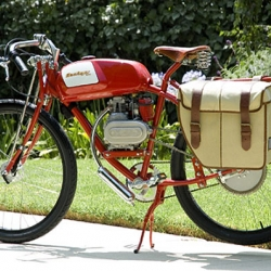 Derringer's beautiful hand-built hybrid cycles are modeled after 1920's racing bikes!
