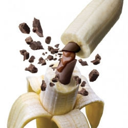 DestapaBanana is a tool to customize regular bananas with amazingly cool and sweet fillings.