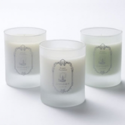 Detaille has collaborated with Sophnet for a third time with a great collection of candles.