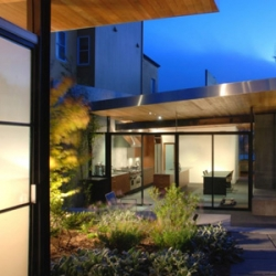 Terry & Terry Architects have designed the Diamond Project house in San Francisco, California.