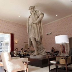 Tatzu Nishi's amazingly fun installation 'Discovering Columbus' in NY's Columbus Circle, surrounds the well-known statue with an elevated living room that is open to the public.