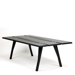 Divis dining table by Mike & Maaike of Council.