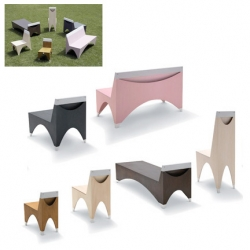 Atelier Bow Wow of japan has come up with a collection of Dog Chairs. That's right, chairs for dogs, designed in several sizes to fit Chihuahuas to Borzois, they were recently exhibited at Design Tide In Tokyo.