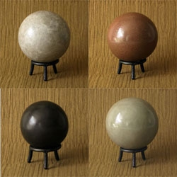 Hikaru Dorodango (shiny balls of mud) something that all japanese schoolchildren do, madly sending each other  their best mud balls using their cameraphones