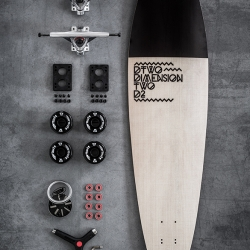 DTWO 's perfect longboard set up for your easy early morning ride or for evening street surf. Inspired by the early surfboards and designed to make some heads turn.