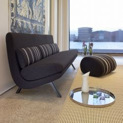 Anne-Mette Jensen and Morten Ernst have designed the In Duplo sofa series for the Danish furniture manufacturer Erik Jørgensen.