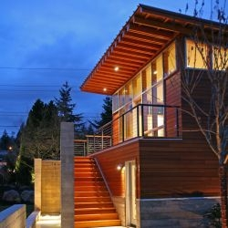 Arkinetic have designed the Dyes Inlet Residence in Bremerton, a suburb of Seattle, Washington.