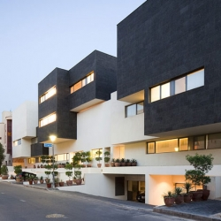 Black & White House in Kuwait by AGi architects. Photos by Nelson Garrido.