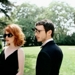 oliver peoples 2010 campaign.  you have to love elijah wood and shirley manson...