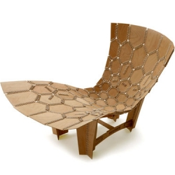 Emiliano Godoy's Knit chair just shouts good design! Small wood pieces are held together with strings to form the chair and it's possible to develop in various shapes & designs.
