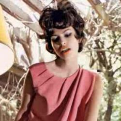 Eva Mendez Vogue Italia photo shoot photos. Very artfully done. Classic!
