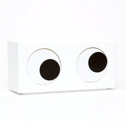 "Hehe kinda loving this eyes clock over at Urban Outfitters.. ""with one eye that rolls with the minutes and the other with the hours"""