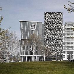A wonderful branched facade for the new building at Zilverparkkade, in Lelystad, Netherland. Designed by René van Zuuk Architekten.