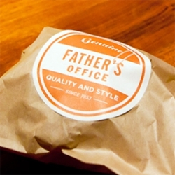 Genuine Father's Office Quality & Style IPA Beer Floats! and buttermilk ice cream sandwiches! Father's Office, the Los Angeles craft beer and burger Mecca, just added dessert to the menu. We try them firsthand...