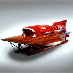 This gorgeous 1950s Arno XI Ferrari-powered world record hydroplane is heading to auction in Monaco. It set the record in 1953 by doing an insane 150.19mph and that still stands to this day in the 800kg class.