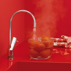 Are you in a hurry and have no time to cook? Here´s the thing for you, boiling water dircetly from the water tap. From Quooker.