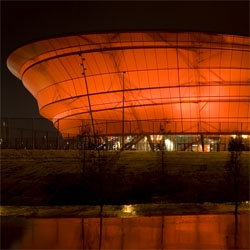 Massimiliano Fuksas designed the new Zenith Strasbourg in France, a giant music hall covered with a textile membrane, looks like a light sculpture during night
