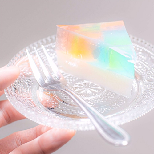 SoraNews24 shows you how to make Rainbow Milk Gelatin Cake by twitter user @tsunekawa_