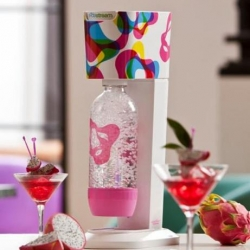 2010 Genesis Limited Edition Series SodaStream kit designed by Karim Rashid is a machine that turns tap water into soda or sparkling water instantly!