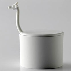 Cute Giraffe sugar bowl and spoon set.