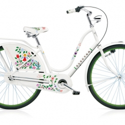 Alexander Girard has been dead more than 15 years but his illustrations Tree of Life and Madonna has been given new life by the bike company Electra who has decorated their classic model Amsterdam with them.
