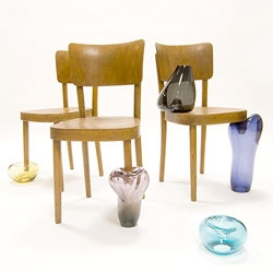 Anna Ter Haar's Cinderella's Chair ~ blow glass... slipper