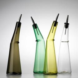 Habitus looks at 8 favourite glass designs, inclduing the Kink Oil bottles by Deb Jones and Glass Studio of Australia.