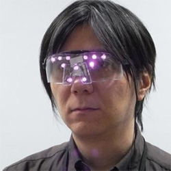 Privacy Visor shields you from face recognition tech - by Isao Echizen, an associate professor at Tokyo's National Institute of Informatics, and Seiichi Gohshi, a professor at Kogakuin University