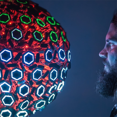 MORPH is a modular, kinetic, audiovisual installation by MindBuffer that reaches beyond traditional 2D pixel arrays into the relatively untouched realm of 3D, life-like digital interactivity.