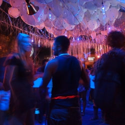 Inspired by deep sea creatures and held aloft with helium balloons, this installation creates a highly tactile experience. Lit with UV lights and glow in the dark sap, the project encourages spontaneous encounters and interactions.