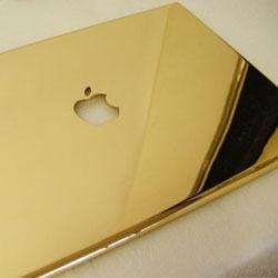 Computer Choppers is making a custom 24k gold-plated MacBook Pro case.