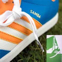 Adidas Samba's have been a classic indoor soccer shoe since 1950... they've now adapted them to golf shoes... and here's a close up look at the packaging and details of their latest 3 limited edition colorways!