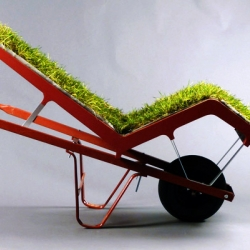 This lovely living lawn chaise by Deger Cengiz was recently unveiled at NYC's Best Seats on Broadway exhibit