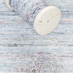 Spin your old newspapers to yarn and start being creative! Great idea and for every DIY-lover.