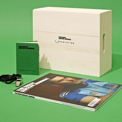The Green Soccer Journal, UK based soccer and fashion magazine, curated a limited edition kit for Svbscription, presented in a wooden box.