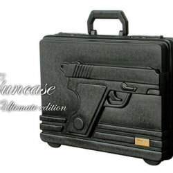"The briefcase ""Guncase Ultimate series 3"" has made us feel like quite a character on the road or at the airport."